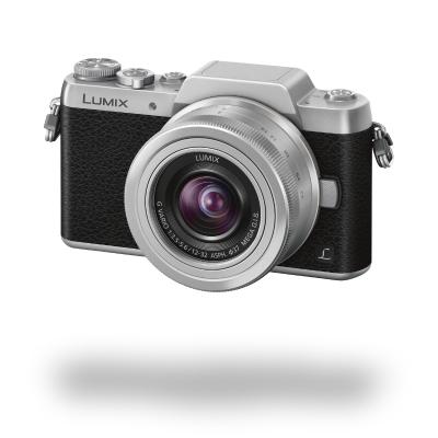 Panasonic Lumix DMC-GF7 černá + 12-32 mm IOS