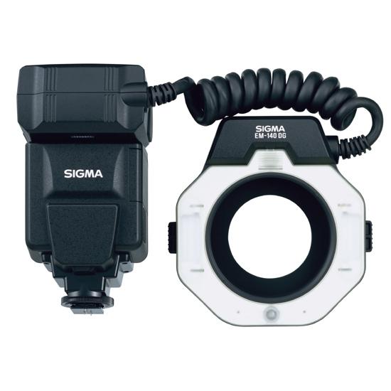 Sigma EM-140 DG Macro pro Pentax