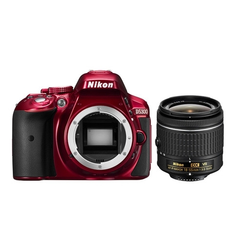 Nikon D5300 červená + AF-P 18-55 mm VR